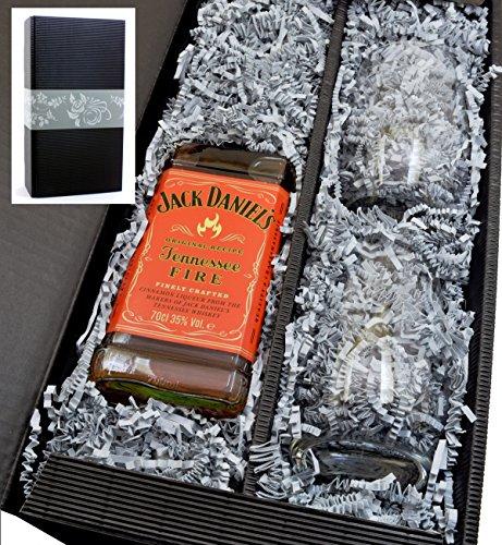 Geschenkkarton von meinglas24 mit Jack Daniels Fire Whisky 35% 0,7l und 2 Tumbler Gläser