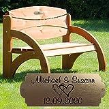 Geschenke 24 Hochzeitsbank mit Gravur A52E (Kirsche, Herzen) Hochzeit, zum Hochzeitstag oder Jahrestag - Hochwertige Holz Gartenbank personalisiert aus massivem Fichtenholz