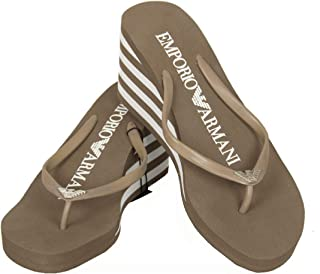 fd2008e5cd8ce3 Emporio Armani Tongs Chaussons Femme avec Coin Article 261883 3P336 Height  Flip-Flops