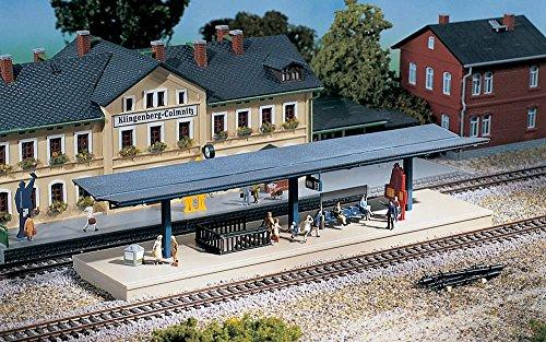 Auhagen 13312 - Modellismo Ferroviario, Banchina della Stazione