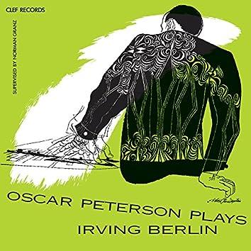 Oscar Peterson Plays Irving Berlin