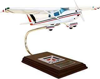 Mastercraft Collection Cessna Model C-150/152 Civil Aircraft Plane Airplane Model Scale: 1/24