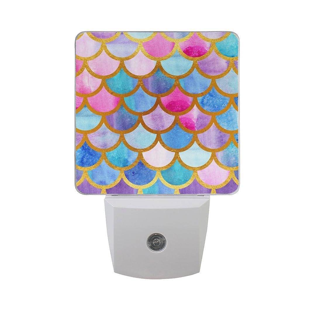 うなずく特に振動するjoyprint LED Night LightマーメイドFish Scales、自動Senor Dusk to Dawnナイトライトプラグin子供ベビー女の子男の子大人の部屋