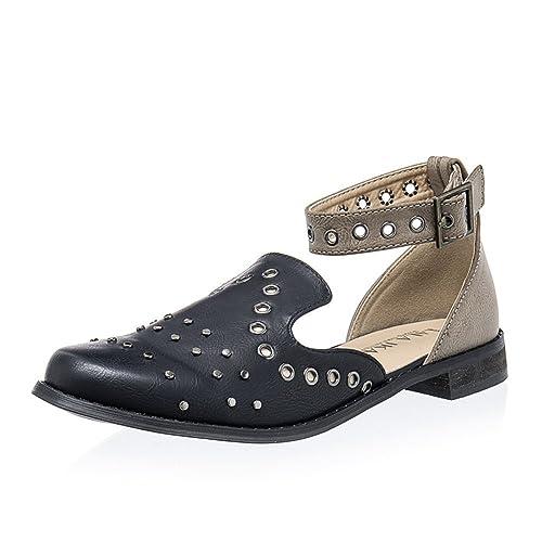 7ae9d79e021f0 Women's Black Studded Flat Sandals: Amazon.com