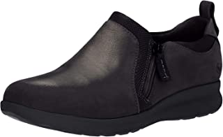 حذاء رياضي حريمي بسحاب مطبوع عليه Un Adorn من Clarks