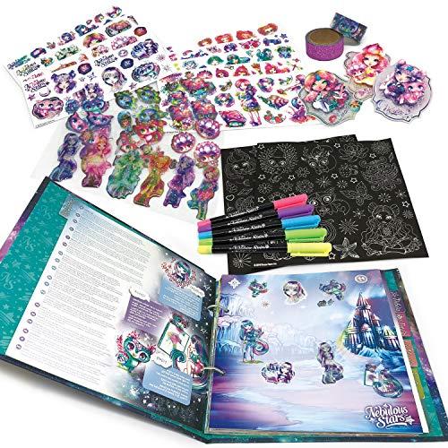 Nebulous Stars NS11204 Deluxe - Juego de Pegatinas con álbum de Pegatinas, numerosas Pegatinas e información sobre los Personajes, para niñas a Partir de 7 años, como Idea de Regalo
