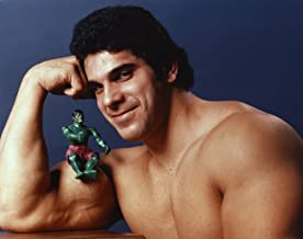 Lou Ferrigno with Incredible Hulk Action Figure Portrait Photo Print (10 x 8)