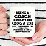 Taza Mug-Coach, taza de café con texto en inglés 'Being A Coach is Easy' (texto en inglés), regalo para entrenador, taza de café entrenador, taza de café divertida de 12 onzas