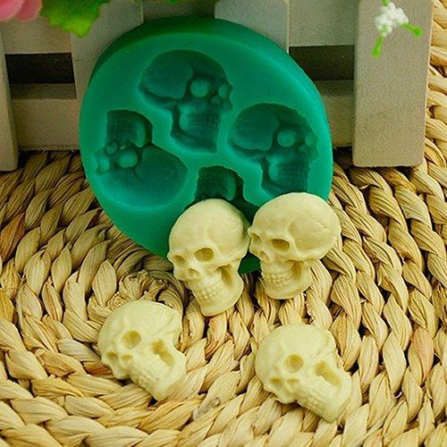 Quanjucheer - Moule Tête de mort 3D - En silicone - Pour réaliser gâteau, muffins, cupcake, pudding et fondant au chocolat - Pour fête d'Halloween - Accessoire de bricolage 6.5cm x 5.8cm x 1.1cm Green