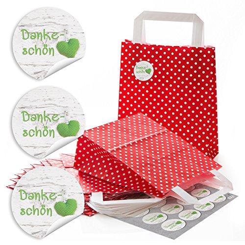 48 kleine rote Papier-Tragtaschen Gastgeschenk-Tüten mit weißen Punkten, mit Boden 18 x 8 x 22 cm + 48 runde Aufkleber 13468 4 cm in grün weiß mit Herz auf Holz DANKE-SCHÖN als Verpackung