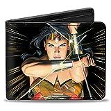 Buckle-Down Cartera de piel sintética con hebilla para hombre – Wonder Woman Mythology Crossed Pose Wallet , multicolor, 4' x 3.5'