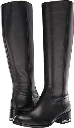 Walker Flat Boot