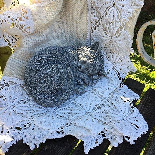 Antikas - gato dormido que parece vivo - gatito pequeño como figura de piedra del jardín - animales de piedra