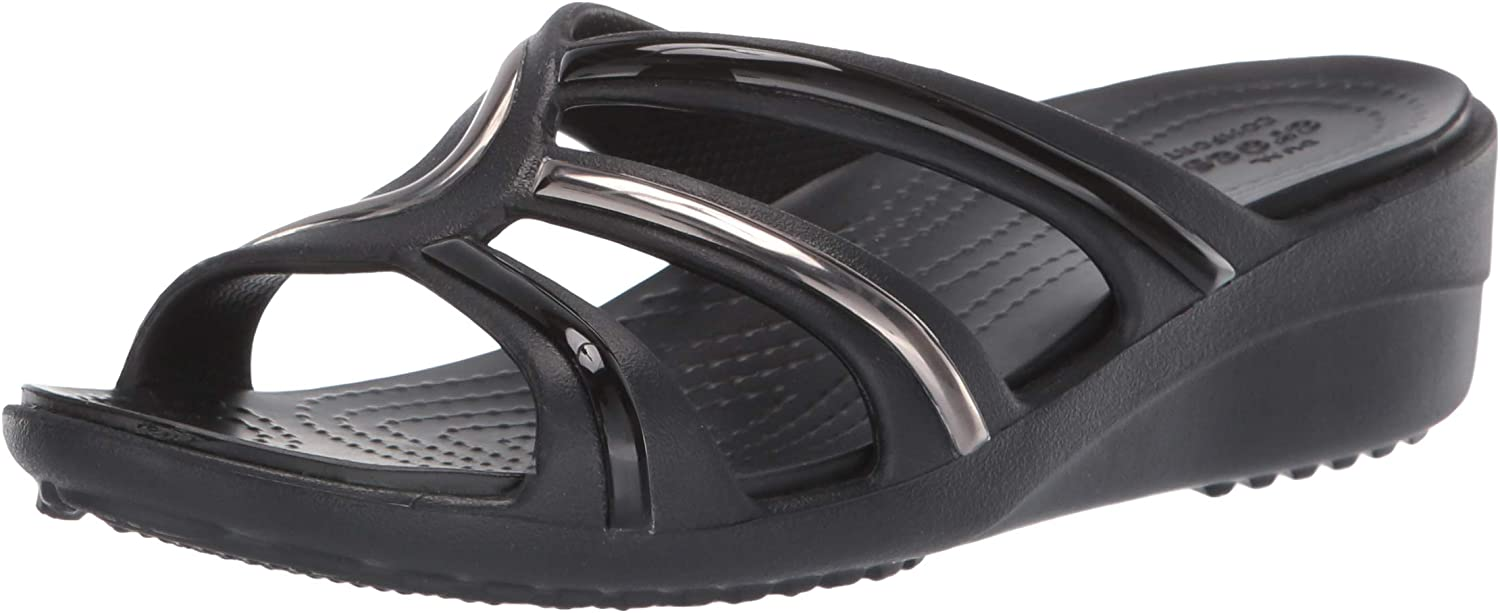 Crocs Womens Sanrah Metalblock Strap Wedge Wedge Sandal