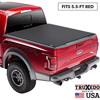Amazon Com Truxedo Sentry Ct Hard Rolling Truck Bed Tonneau Cover 1597716 Fits 15 20 Ford F 150 5 6 Bed