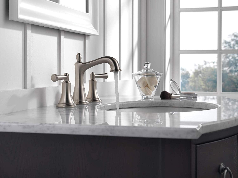 Delta Rila 8 inch Widespread Faucet SpotShi in 送料0円 激安卸販売新品 2-Handle Bathroom