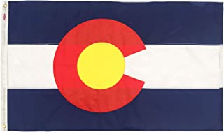 colorado state flag with mountains