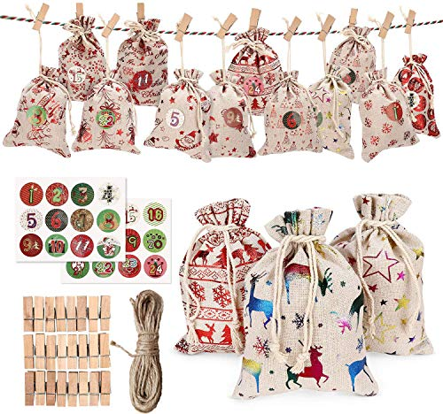 Shiwaki 24PCS 4'x5.5 Bolsa de arpillera para Dulces Bolsas de Regalo Bolsas de Adviento para Bricolaje Navidad de Bolsa Colgante con 24 Clips, Cuerda de cá?Amo de 32 pies, Un Juego de Etiquetas