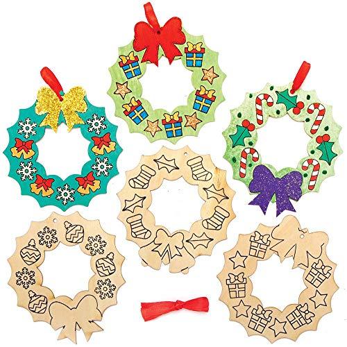 Baker Ross AX506 Weihnachtskränze Aus Holz Deko Bastelset Für Kinder - 10 Stück, Festliche Kreativsets Und Bastelbedarf Zum Basteln Und Dekorieren Zur Weihnachtszeit