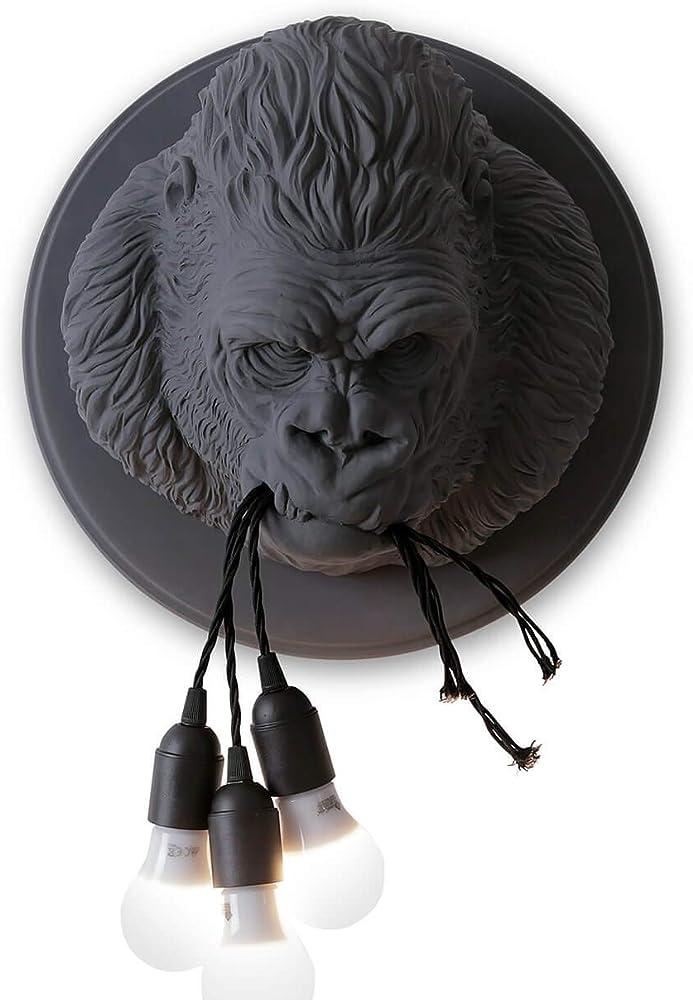 Karman ugo rilla , lampada led da parete a forma di gorilla, in ceramica AP152GR INT