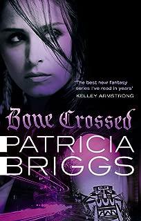 Bone Crossed: Mercy Thompson: Book 4 (English Edition)