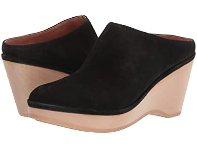 Gentle Souls by Kenneth Cole Skylar Clog Mule (Black) Women
