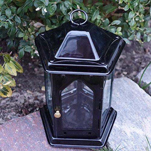 Trauer-Shop Schwarze Grablaterne mit Tür und Hänger. H 19cm. 1 Stück