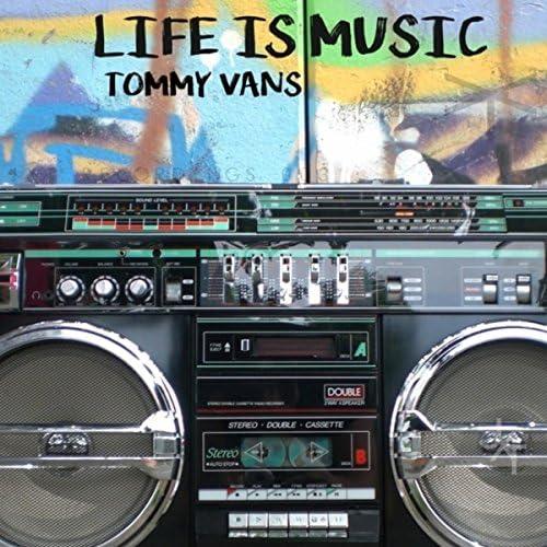 Tommy Vans