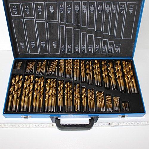230 teiliges HSS Bohrer Sortiment Titan beschichtet, 1,0 bis 13 mm, um 0,5 mm steigend, im Stahlblech-Koffer. Stahlbohrer Satz, Metallbohrer titan-nitriert, in guter Qualität im Koffer.