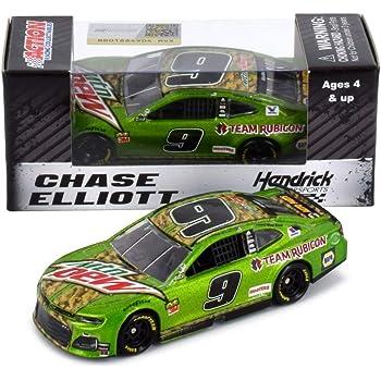Lionel Racing Chase Elliott 2018 NAPA NightVision Talladega Diecast Car NASCAR 1:64 Scale