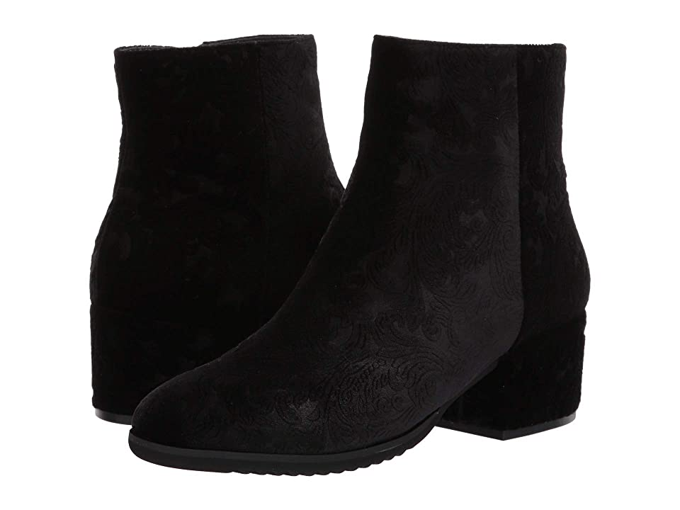 Vaneli Fairyn (Black Reale Velvet) Women
