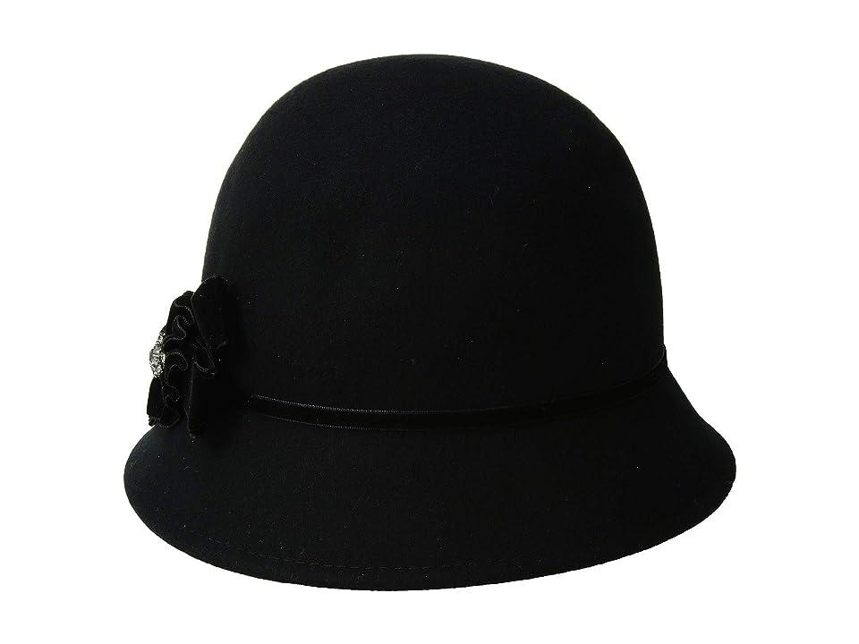 1920s Style Hats Betmar Noelle Black Caps $55.00 AT vintagedancer.com