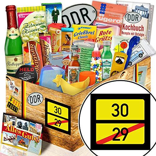 Ortsschild 30 / Geschenkbox Ossi 24x Allerlei DDR / lustige Geschenke Männer 30