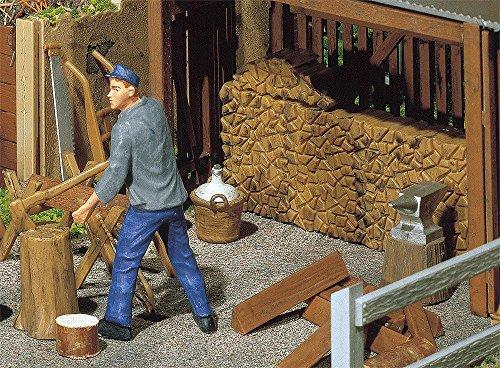 POLA 333213 - Holzstapel Werkzeug, Zubehör für die Modelleisenbahn, Modellbau