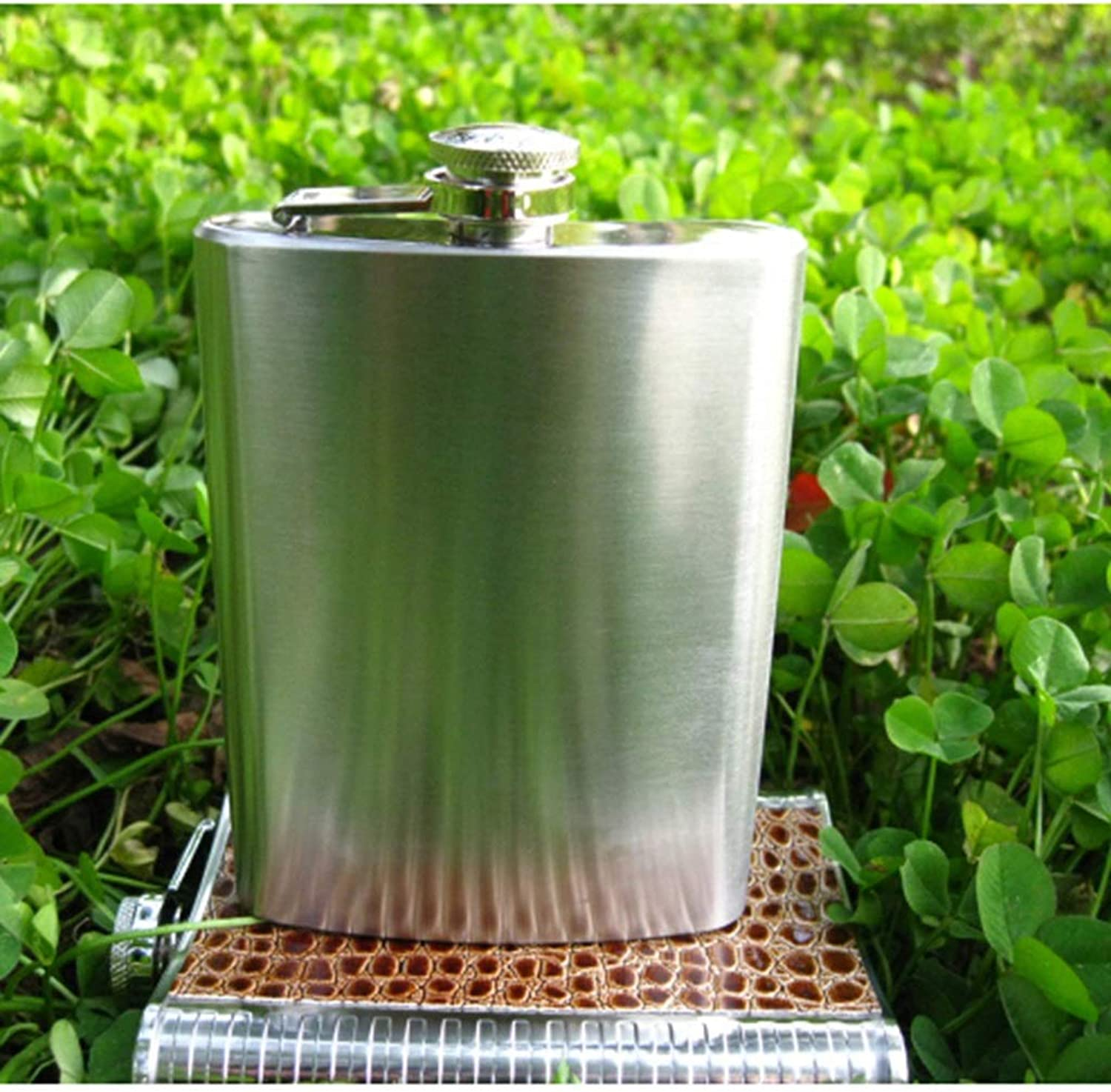Hydration Pocket Flask Outdoor Portable 8 oz Flask Portable Mini 304 Stainless Steel Wine Set Camping & Hiking (color   Silver, Size   16  9.5  2.5cm)