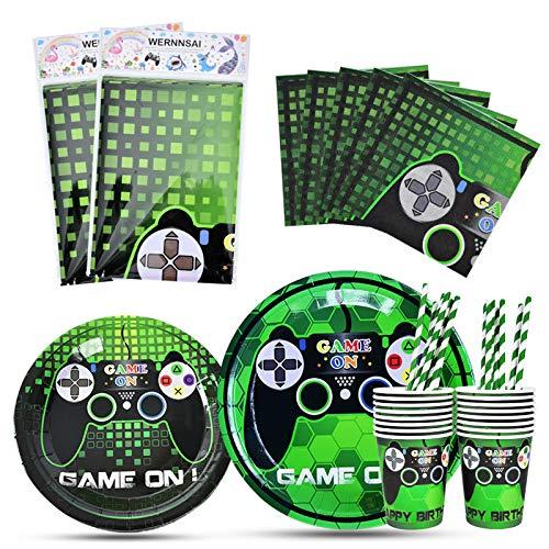 WERNNSAI Spielthema Party Spiel Geschirr Set - Spiel Thema Partyzubehör for Junge Gamer Geeks, Inklusive Tischabdeckung Teller Tassen Servietten Strohhalme Dient für 16 Gäste - 82 PCS