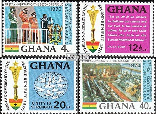 Ghana mer.-no.: 409-412 (complète.Edition.) 1970 République (Timbres pour Les collectionneurs) Uniformes / Costumes