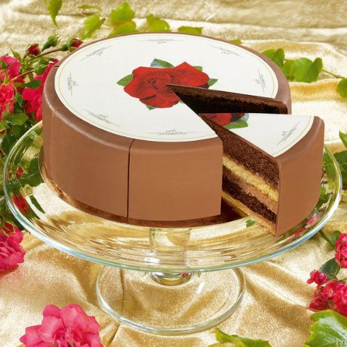 Creme Brule Torte - Nettogewicht 600g - Durchmesser 16cm - 4 Lagen aufgeschichtete Bisquitböden
