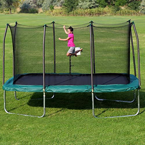 Putting together a trampoline