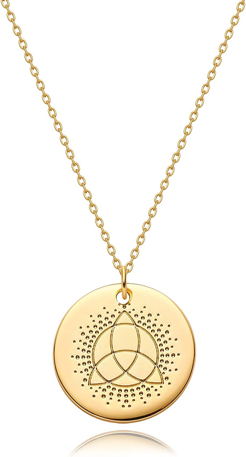 Valloey Rover Women Gold Necklace Coin Disc Celestial Patterned Engraved Pendant 14K Gold Plated Simple Personalized Dainty Chain Jewelry Gift