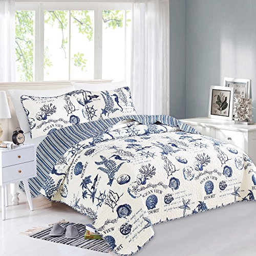 Great Bay Home 3 Piece Quilt Set with Shams. Soft All-Season Microfiber Bedspread Featuring Attractive Seascape Images. Machine Washable. Catalina Collection (Full/Queen, Navy)