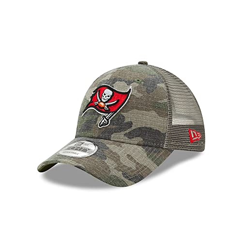 Tampa Bay Buccaneers Camo Trucker Duel New Era 9FORTY Adjustable Snapback  Hat   Cap 9f29d627e