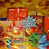 50 Stücke Kunststoff Funkeln Schneeflocken Ornamente für Weihnachten Dekoration, Verschiedene Größen (Blau Glitzer) - 5