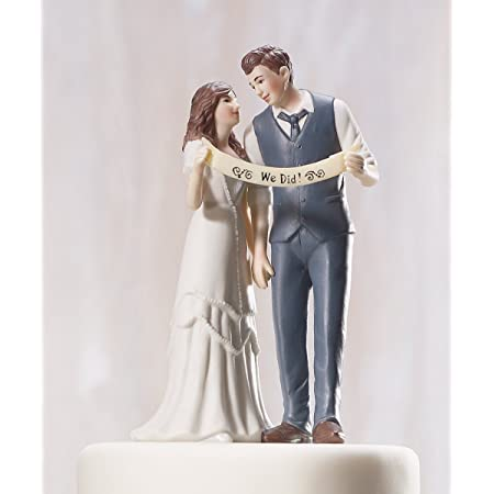 Amazon Com Indie Style Wedding Couple Figurine Decorative Cake Toppers Kitchen Dining