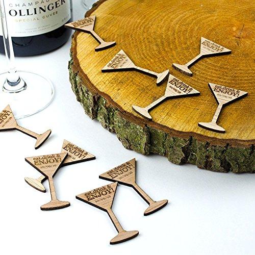 Rustikales Holz Token oder Gutscheine, Cocktail Glas personalisierbar Hochzeitsandenken, Vintage Einladungen. Natural Wood