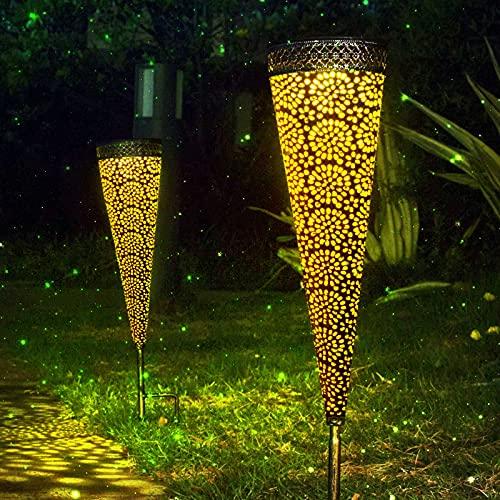 Qxmcov Luces Exterior Solar, 2 Pack Solar Lantern Outdoor LED Luz Jardin ,Lámpara de Cono de Patrón Colgante Lámpara de Metal de Luces de Jardín Lámpara Impermeable, Decoracion para Festivales luz