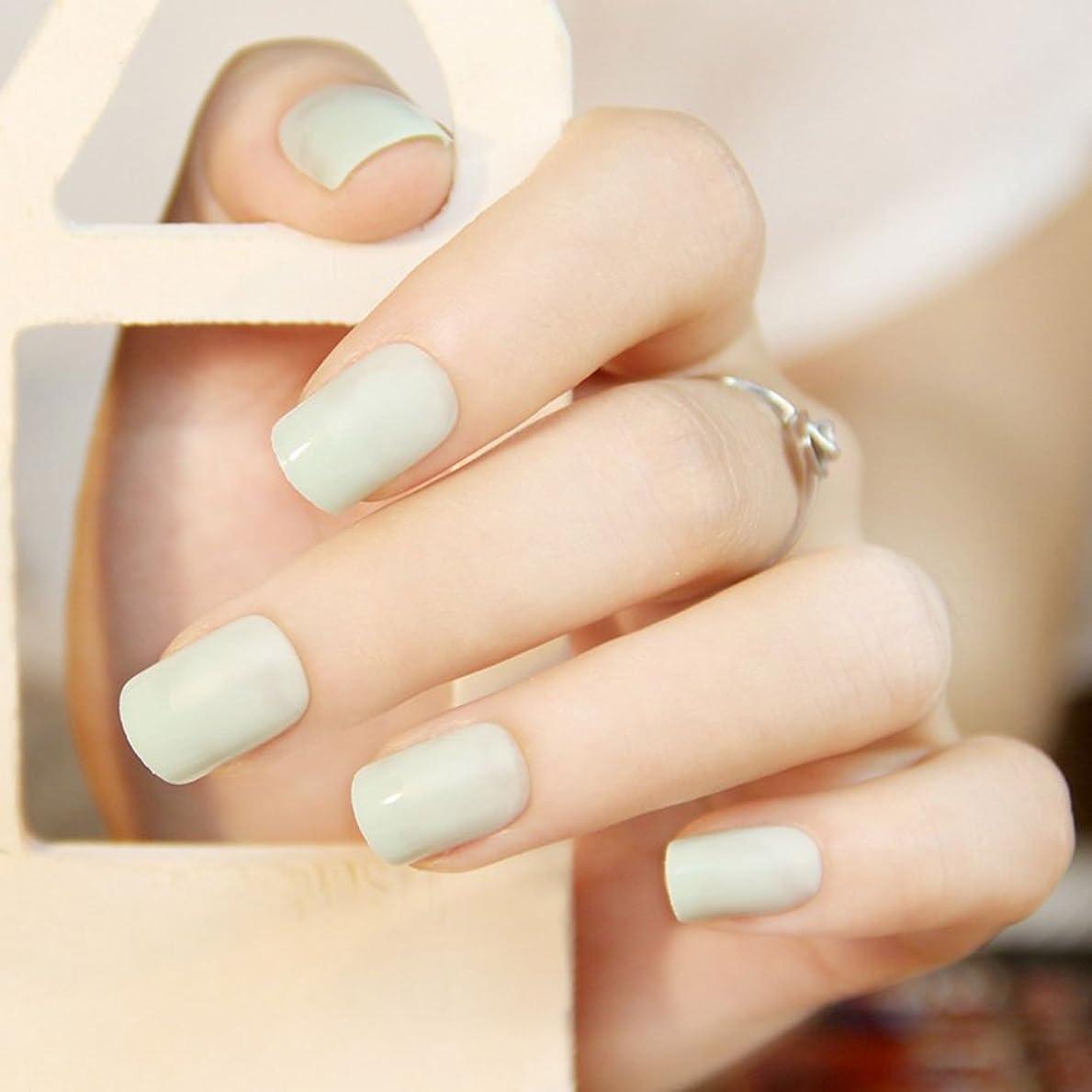 ゼリー請負業者厳密に24枚入ネイルチップ 新型ネイルチップ 短い純色砂を磨き上げる 12個のサイズが優雅に爪をつけます (ベージュ)