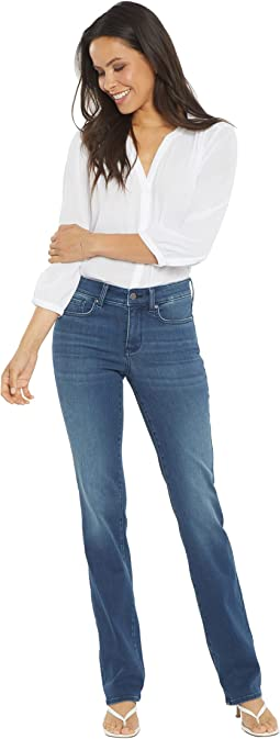 Marilyn Straight Jeans in Saybrook