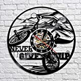 fdgdfgd Diseño Reloj Bicicleta Bicicleta Reloj Art Deco de Pared Never Give Up Reloj de Pared de Vinilo Moderno | Decoración Fresca del Reloj Que Cambia de Color