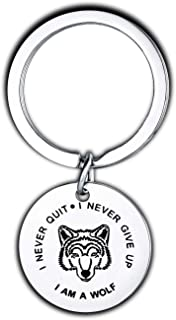 Wolf Keychain Gifts for Women Teen Girls Daughter Son Men Key Chain Saying I Never Give Up Never Quit Wolf Key Ring Jewelry